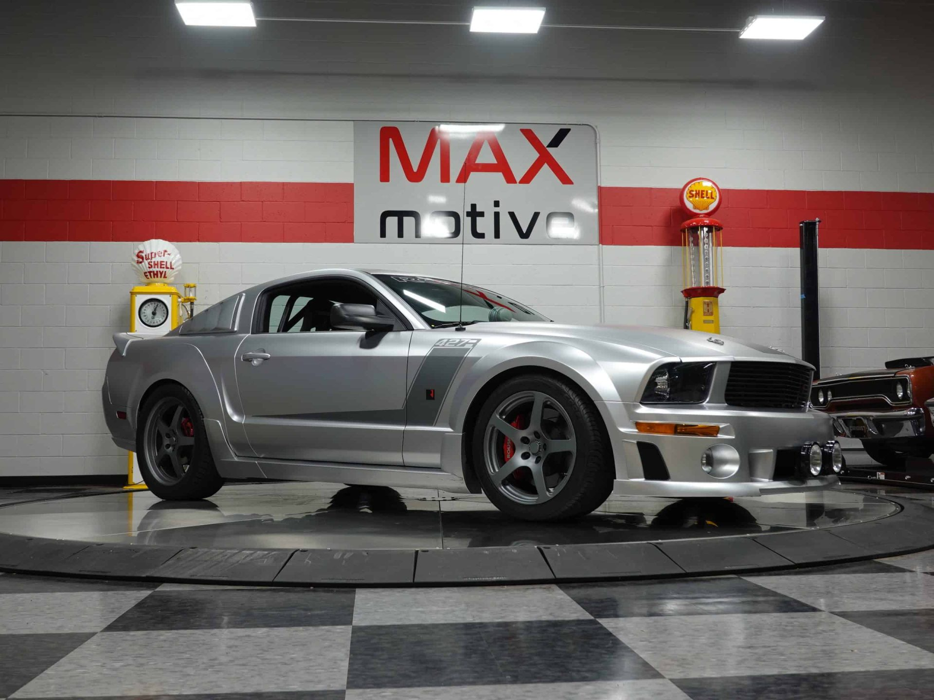 2005 Ford Roush Mustang Coupe - U0643